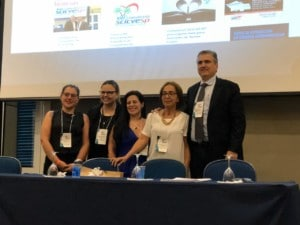 Dr. João Carlos Leal com as secretárias do Congresso Pamela, Priscila, Joana e Léia