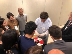 Hands on de plastia valvar com o cirurgião Juan Umaña, especialista mundialmente conhecido.